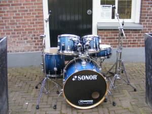 Sonor Force drumset